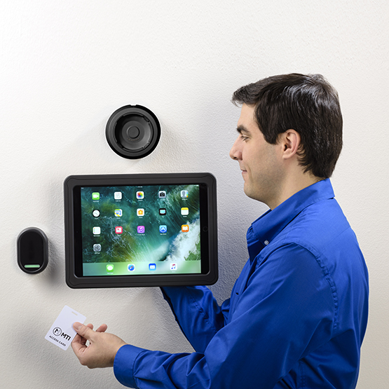 Rapiddoc Poe Plus Wall Mount With Smartback For 10 Inch Black